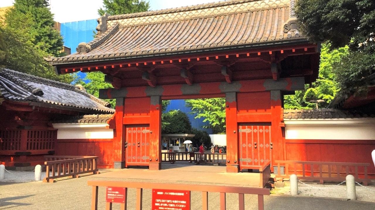 東大の赤門の画像