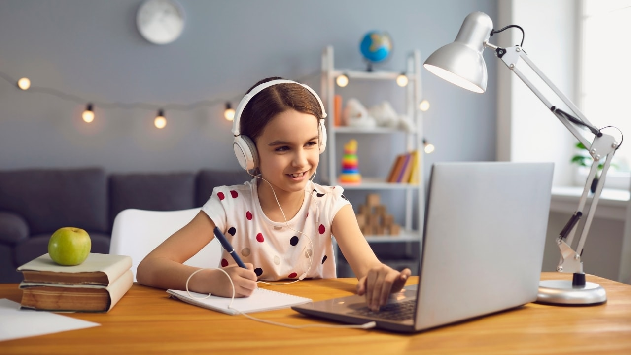 オンライン授業の画像